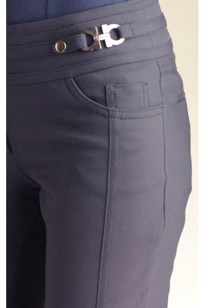 пряжка на женских брюках