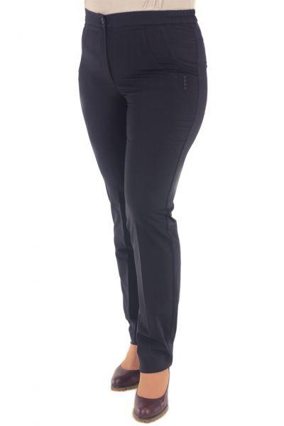 темно-синие брюки зауженные